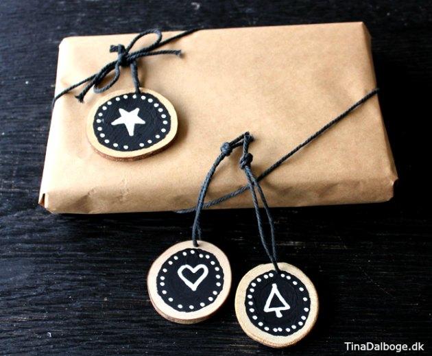 gaveindpakning-til-og-fra-kort-traeskiver-tavlemaling-chalk-marker