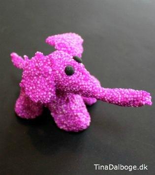 pink-elefant-lavet-af-foam-clay-ler