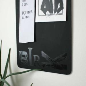 stort clipboard med klemmer til vægdekoration
