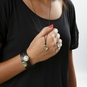 smykker med cabochons