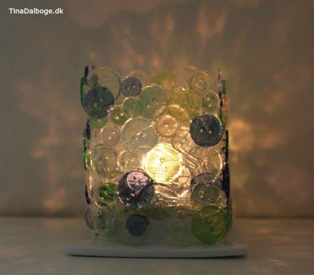 lysglas-lavet-af-knapper-og-paverpol-lim
