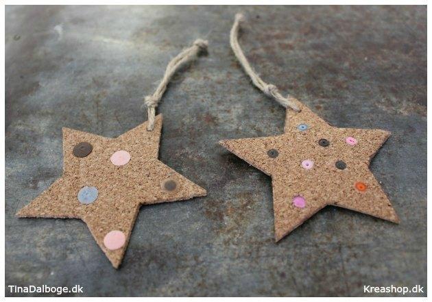 hjemmelavet-julestjerne-af-kork-med-perler-i