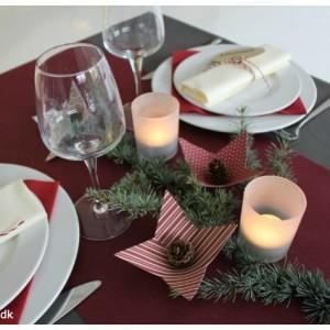 opdaekning-til-julefrokost-duge-bordloeber-og-servietter-fra-kreashop