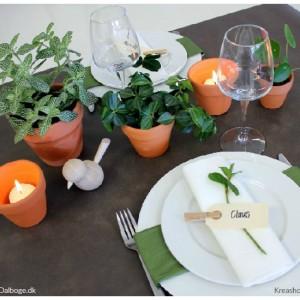 inspiration til borddækning med grønne planter og blomster kreashop tinadalboge