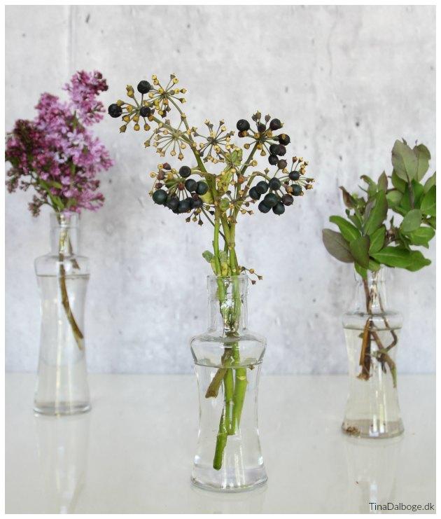 blomster til borddækning til fest i maj